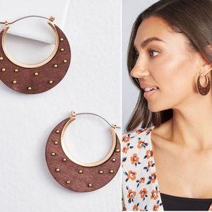 Design Presides Earrings